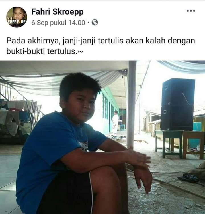 status lucu fahri skroep