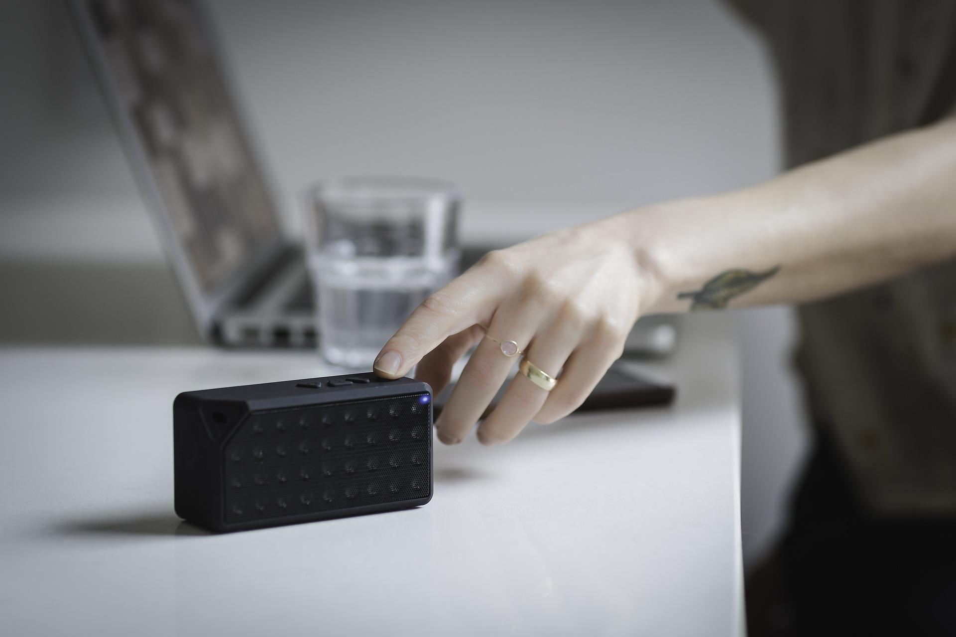 reset speaker bluetooth